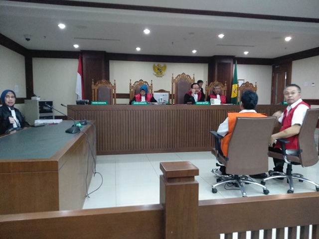 Hakim Tolak Eksepsi Terdakwa Albert
